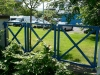 076-blue-railings